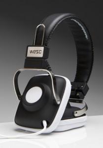 centerPopupdetail zoomshowDivdetail zoomshowDivthumbnaildata zoom 209x300 WESC Maraca Retro Headphones