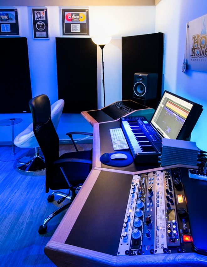 How Hot Money Studios Helps Emerging Artists Achieve Success